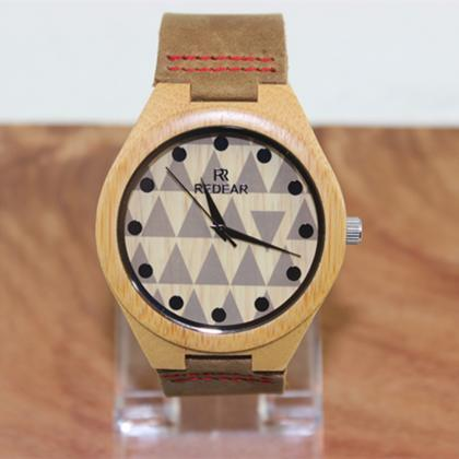 Fashion Lovers Triangle Dial Bamboo..