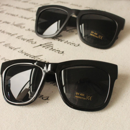 PC Classic Sun Glasses Resin Frame ..